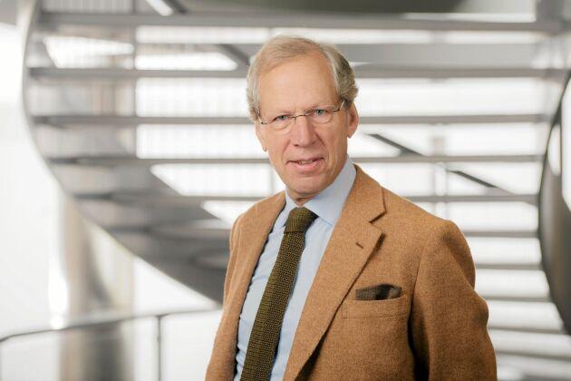 Ola Hildingsson lämnade sin plats i Södras styrelse före stämman eftersom han ansåg att VD Lars Idermark borde avgått tidigare som ordförande för Swedbank.