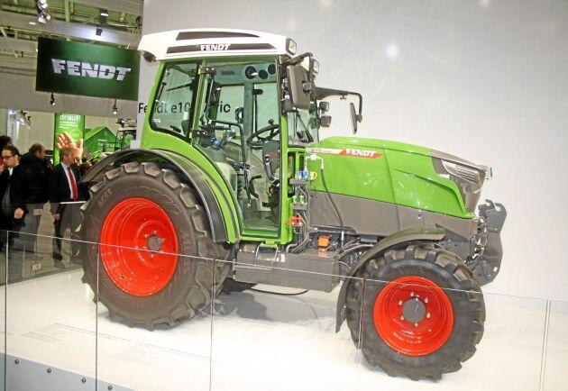 Utvecklingen av Fendts eltraktor e100 Vario fortgår men produkten har ännu inte fått något releasedatum.