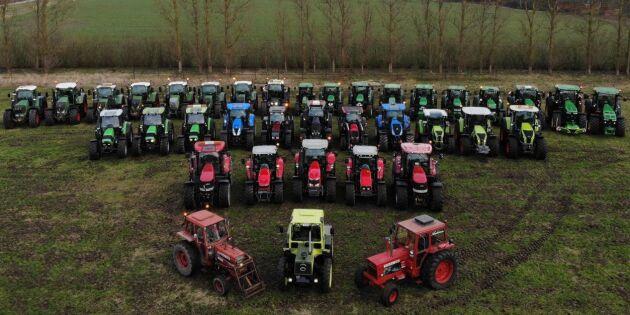 Traktorer putsade till paradskick