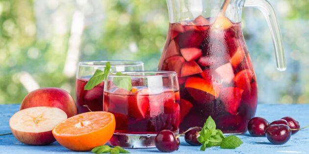 Läskande sangria med färsk frukt