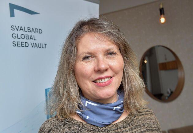 Rosa Lía Barbieri från den brasilianska genbanken Embrapa har kommit till Longyearbyen för att delta i frödeponeringsceremonin vid Svalbards globala frövalv.