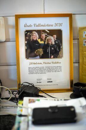 Årets vallmästare arrangeras sedan 2002 av tidningarna Husdjur och Nötkött tillsammans med branschorganisationer. Ambitionen är att öka intresset för lönsam vallproduktion. Tävlingen är öppen för både mjölk- och nötköttsproducenter som har tydlig strategi och goda resultat i sin vallodling.