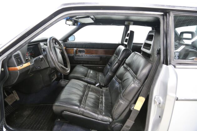 Volvoentusiasten som säljer sin klenod har vårdat bilen väl genom åren.