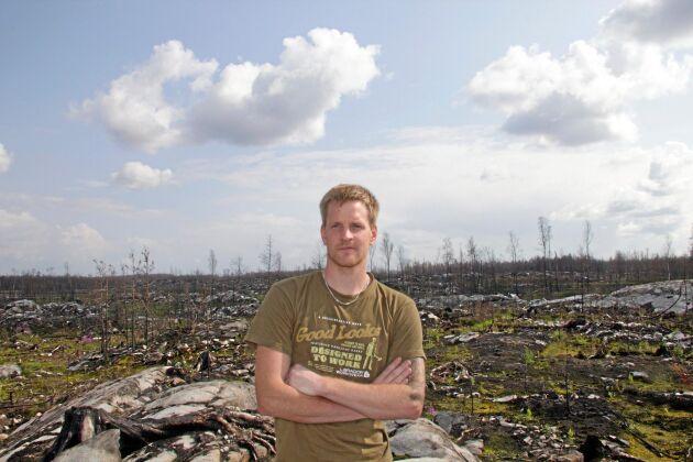 En hoppfull Oskar Axfeldt möter Land Skogsbruk sommaren 2015, strax efter att han blivit klar med återbeskogningen...