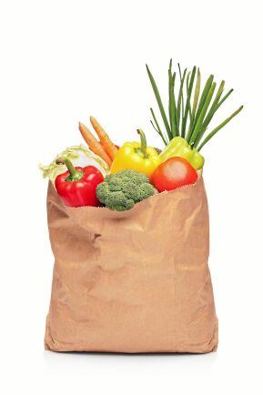 Vissa matbutiker erbjuder sänkta priser någon tid eller dag i veckan.