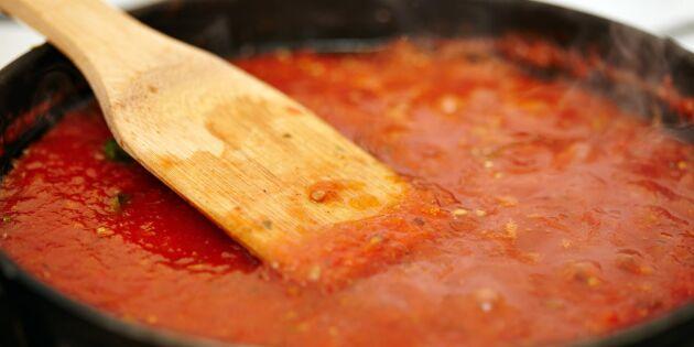Så kokar du tomater på bästa sätt – mumsigaste tomatsåsen