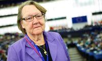Marit Paulsen stödjer Federley i EU-valet