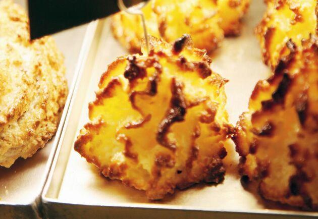 Kokostoppar är enkla att göra och så goda att äta.