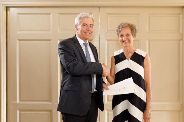 Petter Holland, VD för Preem och Hannele Arvonen, VD för Setra Group.