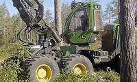 Utrustning för miljoner stals i fräck kupp