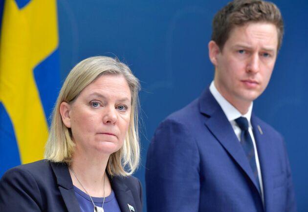 Finansminister Magdalena Andersson, och Emil Källström ekonomisk-politisk talesperson Centerpartiet. Arkivbild.