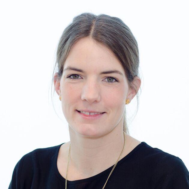SLU-forskaren Rebecca Danielsson är delaktig i ett forskningsprojekt kring hur kors metanutsläpp kan minskas per kilo mjölk eller nötkött genom effektivare foderupptag.
