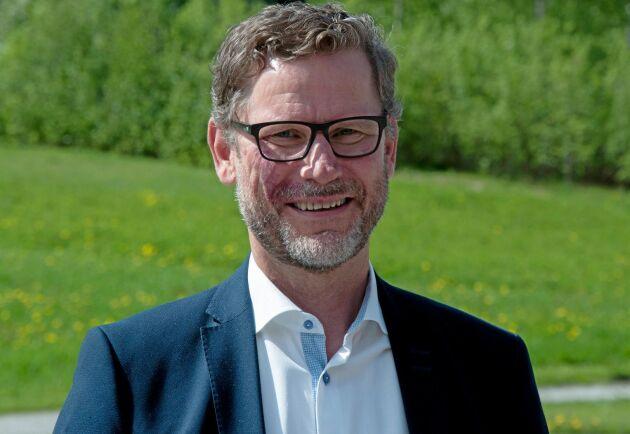 Roligt och intressant, men också en rejäl utmaning både affärsmässigt och politiskt. Så beskriver Stig Högberg sitt nya uppdrag som ordförande för Norrskog.