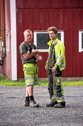 Joakim Granefelt (till vänster) med sonen Samuel.