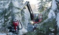 Tre åtalade för maskinstöld i Finland