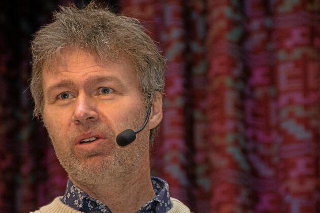 Stephan Stenmark är smittskyddsläkare samt ordförande i Strama, Samverkan mot antibiotikaresistens.