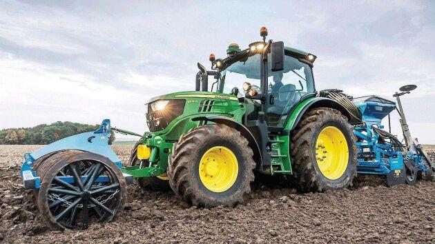 179 traktorer skiljer branschettan John Deere och branschtvåan Valtra.