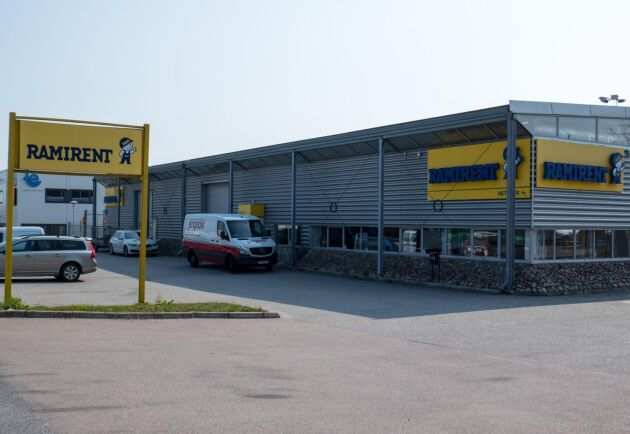 Svenska verksamheten av Ramirent står säker men i Danmark blir företaget nu en del av GSV Materieludlejning. Bilden är ifrån Ramirents verksamhet i Lund.