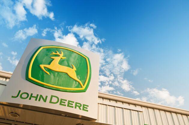 Deeres aktie steg med 1 procent strax efter rapportsläppet i fredags.