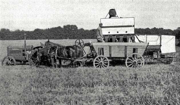 Vid sädestankens töming skjuter körkarlen med ett handgrepp undan ett flertal luckor på en gång och all säden hinner att rinna ned i vagnen på 1 á 2 minuter (Axelvold 1928)