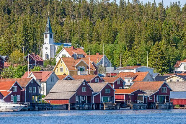 Passa på att testa Surströmming när du befinner dig på Ulvön.