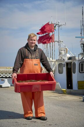 Dagens fångst är 45 kilo piggvar fiskat i Östersjön utanför Listerlandet i Blekinge.