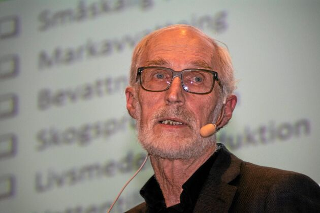 """Rune Hallgren, styrelseledamot i Svensk Vattenkraftförening, anser att svenska politiker måste driva på den KMV-klassning av vatten som myndigheterna förhalar. """"De flesta andra länder var klara med detta redan 2009."""""""