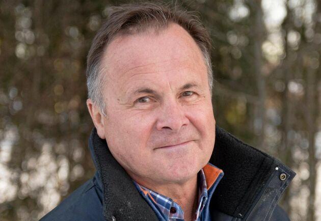 """I år räknar Torbjörn Engelholm, VD för Caraway Finland med en fin finländsk kumminskörd: """"Det var torrt både i år och i fjol i Finland och kummin klarar torka bra"""". Men mängden odlad areal är lägre än på flera år."""