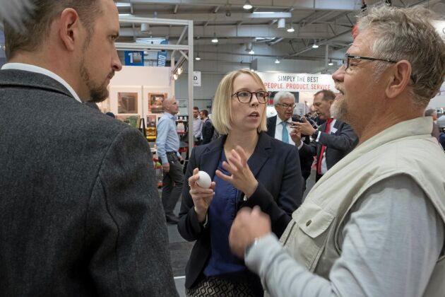 Högaktuellt. Under mässan Eurotier i Hannover var intresset stort för den nya tekniken.
