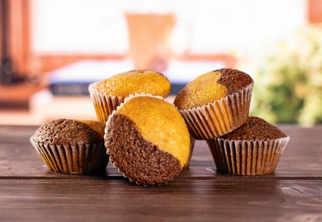 Tigermuffins är hälften vanilj- och hälften kakaosmet. Mums!