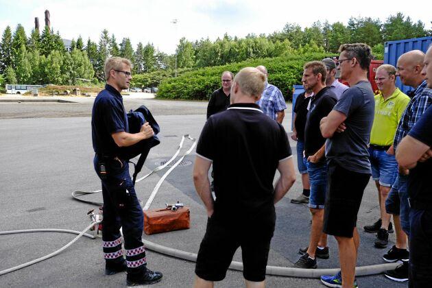 När SMHI utfärdat varningar för extrem brandrisk i södra Sverige står ett 30-tal LRF-medlemmar i Ljungby kommun är redo att rycka ut och stötta räddningstjänsten.