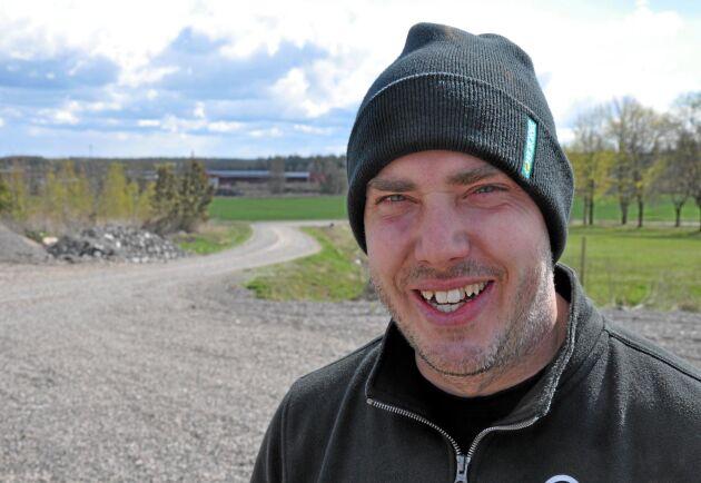 Emil Olsson funderar på att bli spannmålshandlare.