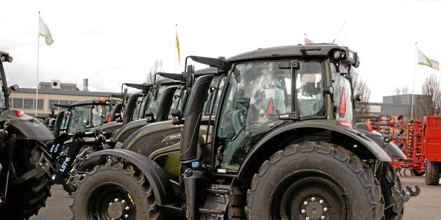 Militären köper nya traktorer
