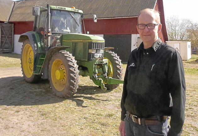 I sommar ska Patrik Axelsson renovera och putsa upp sin gamla traktor.