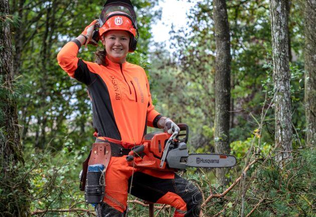 Linn Arvidsson, trädvårdsspecialist och första kvinnliga världsmästaren i World Logging Championships.