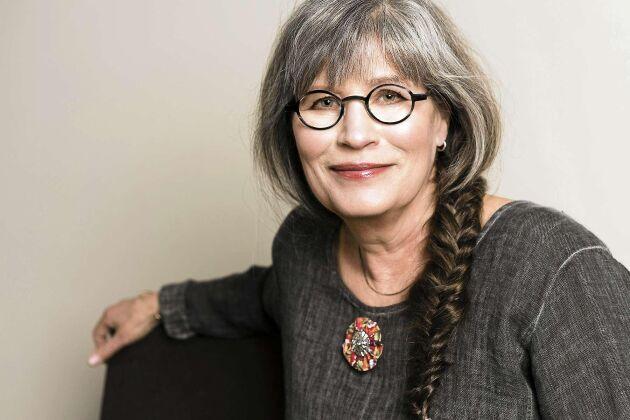 Celia Dackenberg har gett gamla plagg nytt liv.