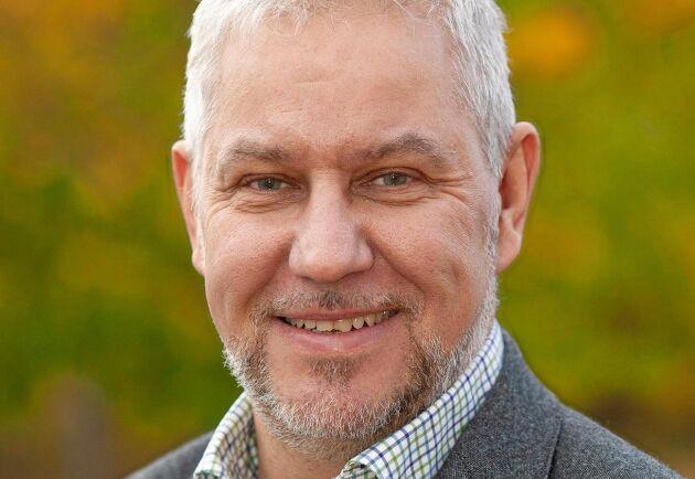 Ulrik Abelson på Skogssällskapet tror på vikande priser på skogsfastigheter i takt med att konjunkturen svalnar.