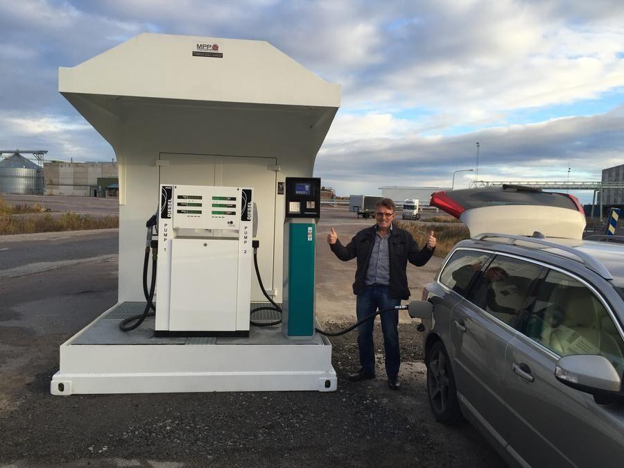 Invigning_tankstation