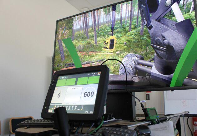 Flera naturbruksskolor har maskinsimulatorer, som ett spel där du till exempel avverkar skog. Simulatorerna är ofta tillgängliga även utanför lektionstid, då kan det bli tävling i både snabbhet och teknik.