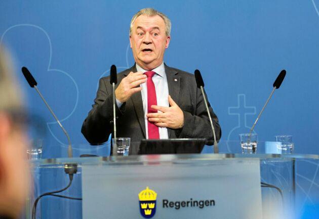 Landsbygdsminister Sven-Erik Bucht (S) presenterar flera skogspolitiska nyheter i dagarna.