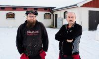 Snöstormen: Inställda mjölkbilar och risk för takras