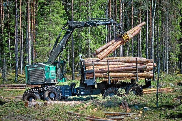 Komatsu America, dotterbolag till japanska Komatsu, har nu förvärvat TimberPro Inc.