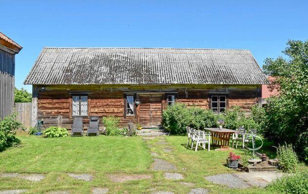 Alla gårdens byggnader har en oförstörd karaktär.