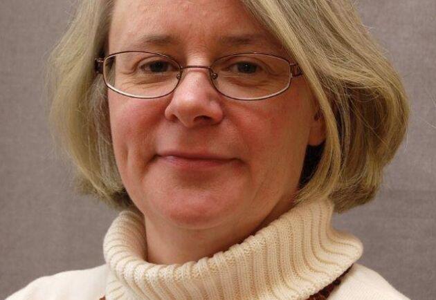 Margreta Holmquist Kindlund rekommenderar markägare att använda sig av det avtalsformulär som tagits fram i samarbete med Telia när fiber- eller teleledningar ska läggas, oavsett om de ska läggas i jord eller i luft.