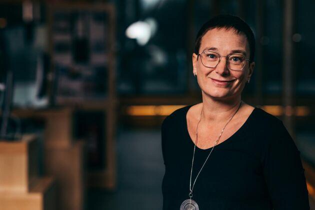 Sedan två år tillbaka har Växjö kommun ersatt nästan allt ris på skolmenyerna med bland annat matvete. Ett alternativ som är både mer klimatsmart och hälsosammare, enligt Anneli Ekstedt, chef för Måltidsorganisationen hos Växjö kommun.