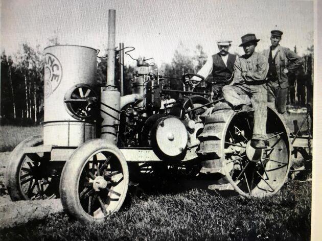 Avences innovation motorplogen var ett slags traktor som sedermera blev en storsäljare.