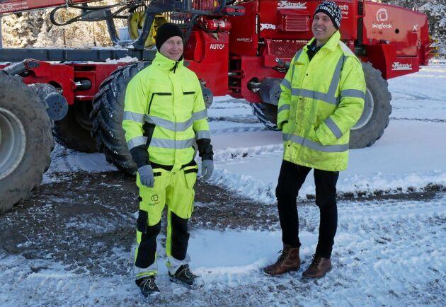 Morgan Rossander och Olle Gelin på Skogforsk tror att fjärrstyrningstekniken kan lösa många problem för skogsbranschen.