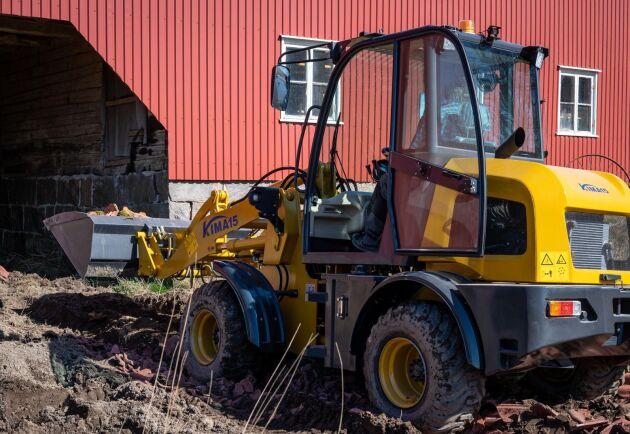 Kima 15 väger 3,5 ton och det säljs ett 10-tal per år i Sverige.