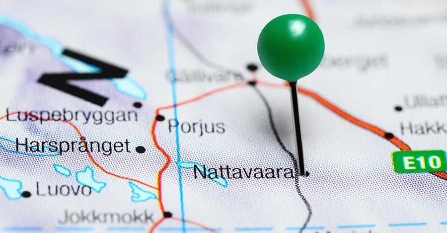 Nattavaara ligger långt upp i norr och har järnvägsstation.