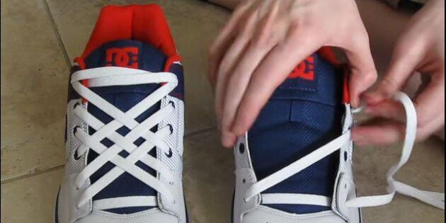 Ny trend – knyt skorna som en kung